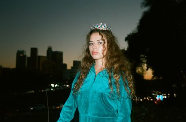 nilufer-yanya_-_credit_molly_daniel_0